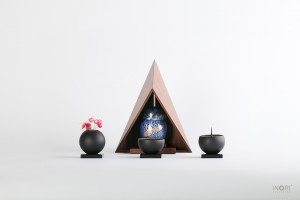 厨子カシコ-Mサイズ-ミニ骨壷こるり