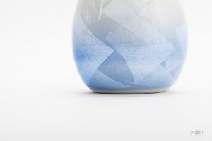 九谷焼の分骨壷-銀彩ブルー