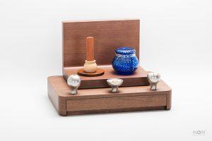 手元供養とは。手元供養ミニ骨壷とミニ仏壇