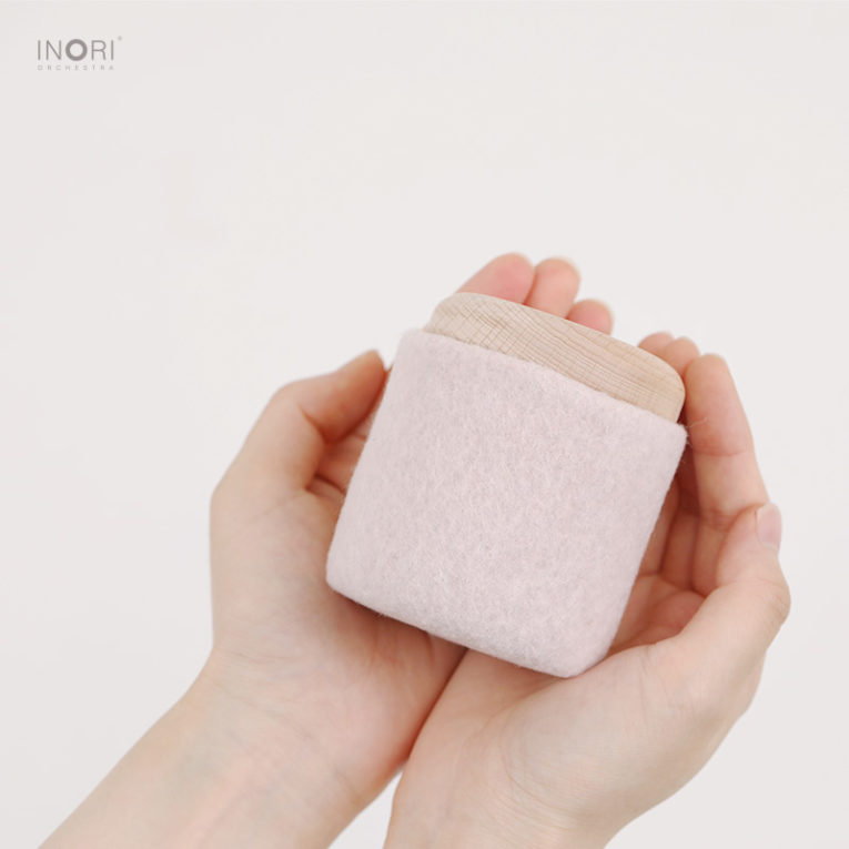 ピンクの骨壷