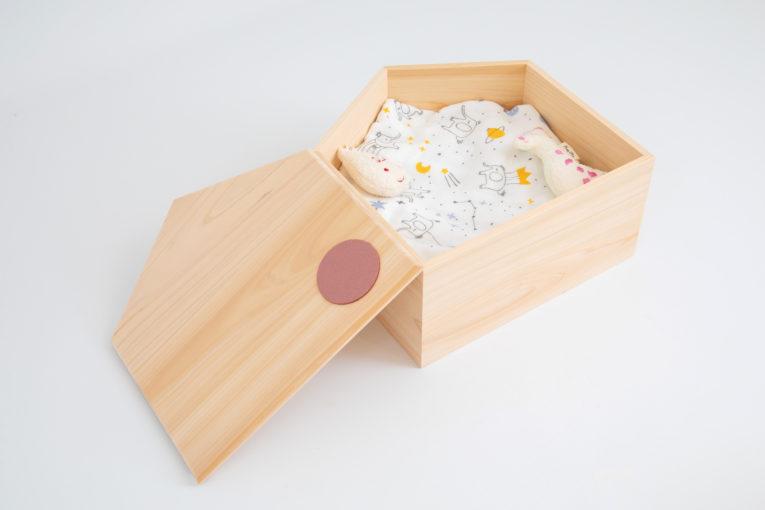 流産、死産の赤ちゃんの棺