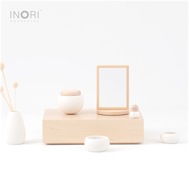 オープンタイプの手元供養ミニ仏壇、おもいで小箱