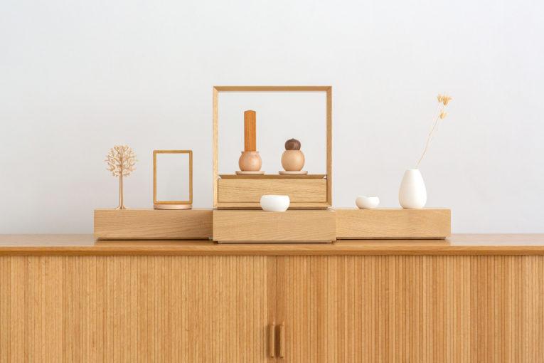 オープンタイプのステージ仏壇、おもいで小箱